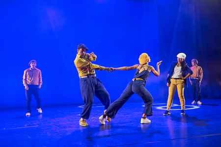Hip Hop goes Theatre in der Szene Salzburg