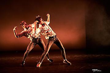 015-Hip-Hop-goes-theater-Szene-Salzburg-_DSC9210-by-FOTO-FLAUSEN
