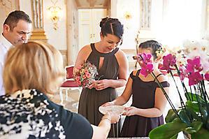 Hochzeit-Ines-Wolfram-Lucy-Schloss-Mirabell-Marmorsaal-Salzburg-_DSC8957-by-FOTO-FLAUSEN