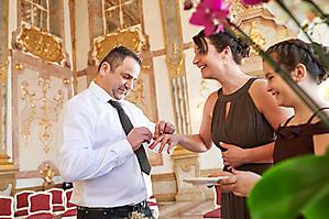 Hochzeit-Ines-Wolfram-Lucy-Schloss-Mirabell-Marmorsaal-Salzburg-_DSC8968-by-FOTO-FLAUSEN