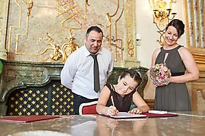 Hochzeit-Ines-Wolfram-Lucy-Schloss-Mirabell-Marmorsaal-Salzburg-_DSC9030-by-FOTO-FLAUSEN