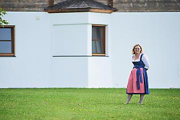 Hochzeit-Katrin-Matthias-Winterstellgut-Annaberg-Salzburg-_DSC2146-by-FOTO-FLAUSEN