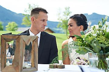 Hochzeit-Katrin-Matthias-Winterstellgut-Annaberg-Salzburg-_DSC2325-by-FOTO-FLAUSEN