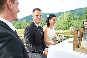Hochzeit-Katrin-Matthias-Winterstellgut-Annaberg-Salzburg-_DSC2457-by-FOTO-FLAUSEN