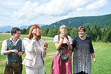Hochzeit-Katrin-Matthias-Winterstellgut-Annaberg-Salzburg-_DSC2603-by-FOTO-FLAUSEN