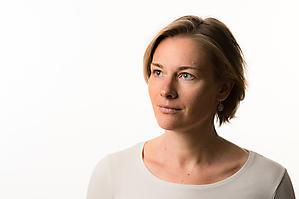 Caecilie-Saengerin-Siegrid-Likar-Portraet-CD-Cover-Shooting-Werbung-Musik-0040-by-FOTO-FLAUSEN