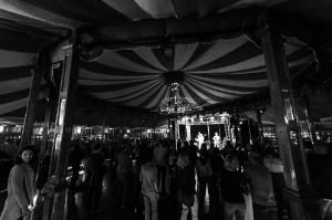 rosa-brown-winterfest-salzburg-9773-foto-flausen-sw