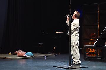Theater-Ecce-Schlafstoerung-Arge-Salzburg-_DSC9538-by-FOTO-FLAUSEN