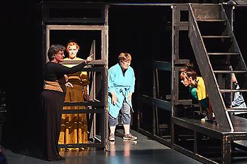 Theater-Ecce-Schlafstoerung-Arge-Salzburg-_DSC9595-by-FOTO-FLAUSEN