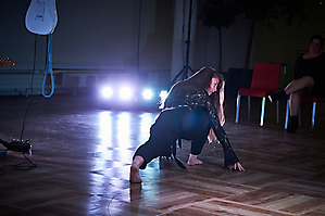 TRAK DANCE ENSEMBLE IN DER MIELE GALERIE