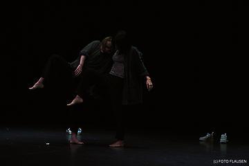 TRAK DANCE