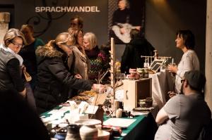 Vielfalt-Kunst-Handwerk-Markt-EmailWerk-Seekirchen-KunstBox-8223