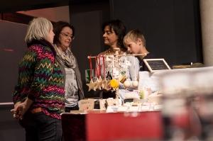Vielfalt-Kunsthandwerk-Markt-EmailWerk-Seekirchen-8235